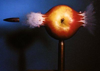 balle dans pomme