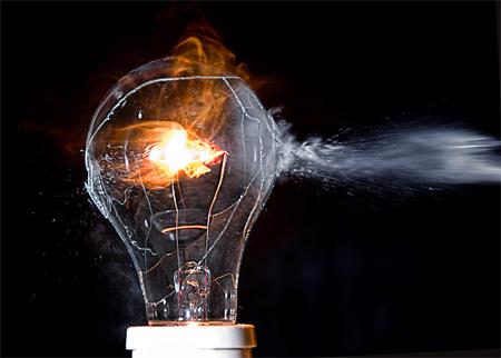 ampoule qui pête
